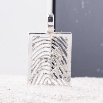 zilveren-vingerafdruk-hanger-rechthoek_roy-zfph-004_royolz_587_memento-aan-jou