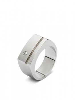 stalen-brede-heren-asring-n-smalle-ruimte-zirkonia_sy-rs-010_seeyou-memorial-jewelry_402_memento-aan-jou-min