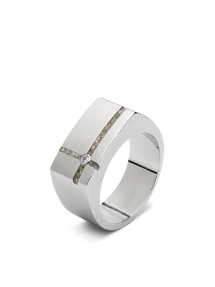 stalen-heren-asring-twee-smalle-ruimtes-zirkonia_sy-rs-011_seeyou-memorial-jewelry_403_memento-aan-jou-min