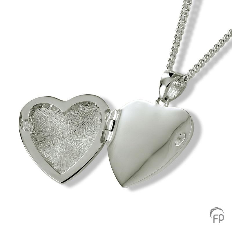 zilveren-ashanger-hart-medaillon-open_fp-ah-0492_funeral-products_670-open
