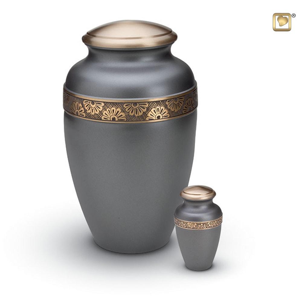 messing-metalen-urn-donkergrijs-antraciet-goud-accent-bloemen-gravering-set_hu-171-set_funeral-products_88-89