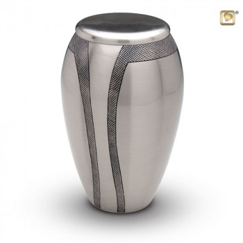 messing-metalen-urn-zilver-zwarte-gravering_Majestic-Stripes-A-K-505_Love-Urns_90