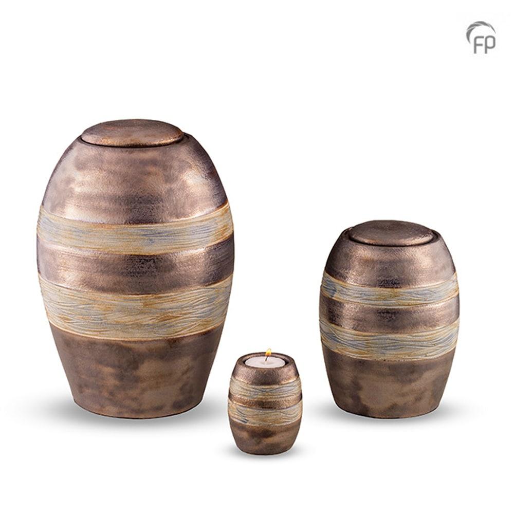 keramisch-urn-groenig-lijn-effect-geschikt-voor-buiten_ku-306-set_funeral-products_162-163-164
