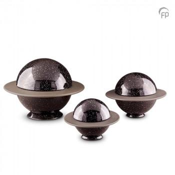 keramisch-urn-planeet-saturnus-zwart-night-sky-effect-glad_ku-034-set_funeral-products_159-160-161