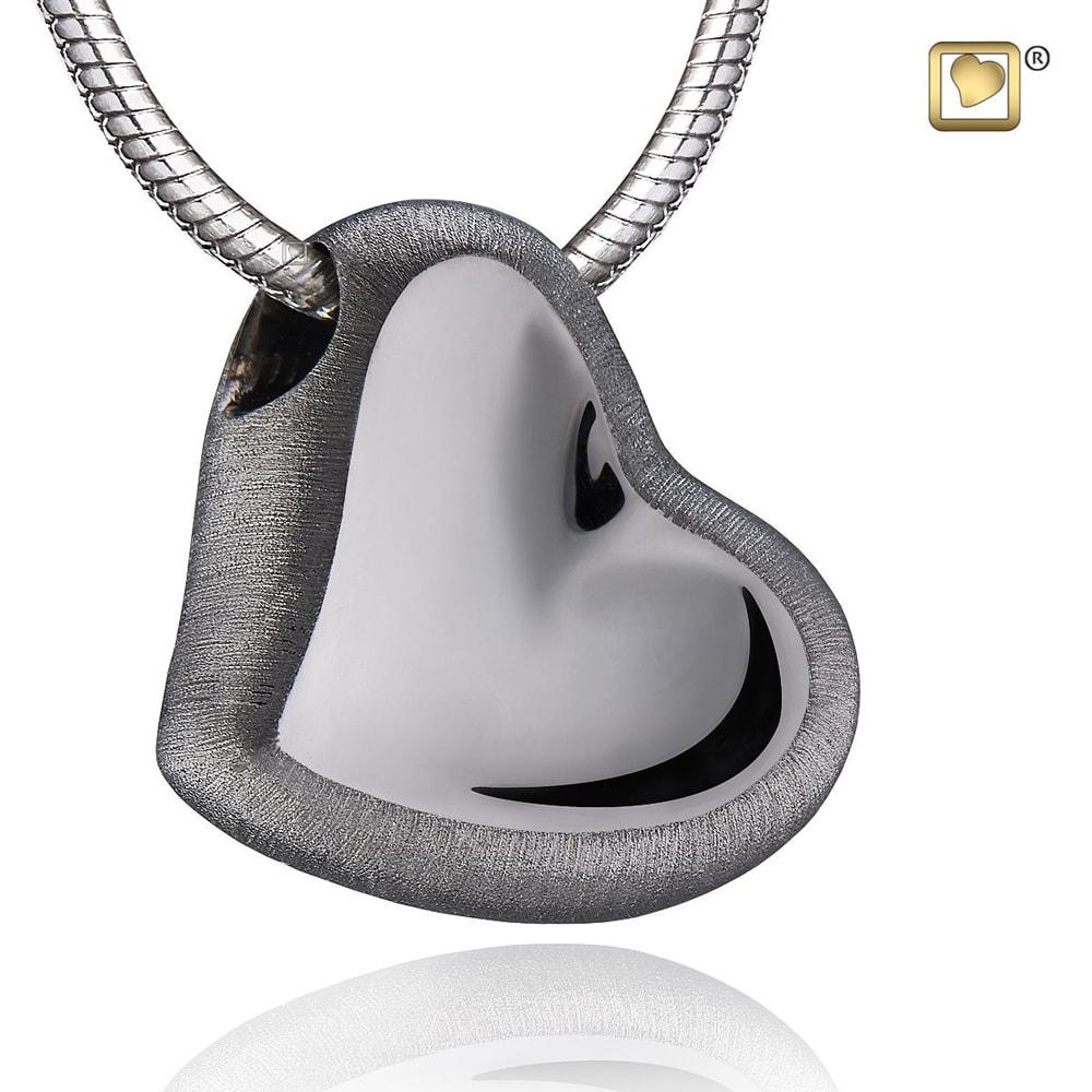 zilveren-donkere-hart-ashanger-collier-groot_phu-025_funeral-products_treasure_3025