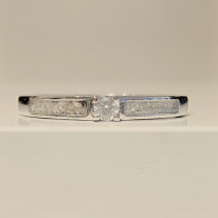 Zilveren ring met zirkonia, twee open ruimtes