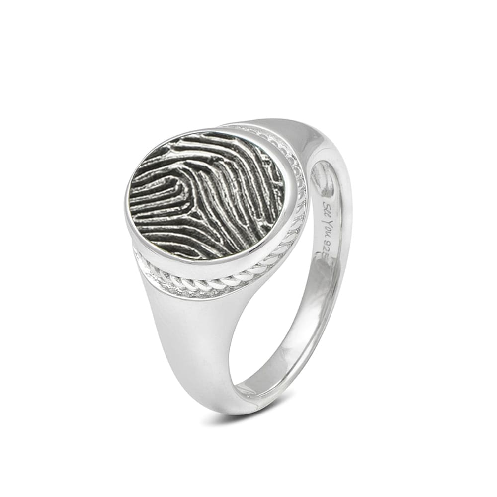 zilveren-ring-zegel-ovaal-sierrandjes-vingerafruk_sy-rg-050-fp-450-s_seeyou-memorial-jewelry_6014