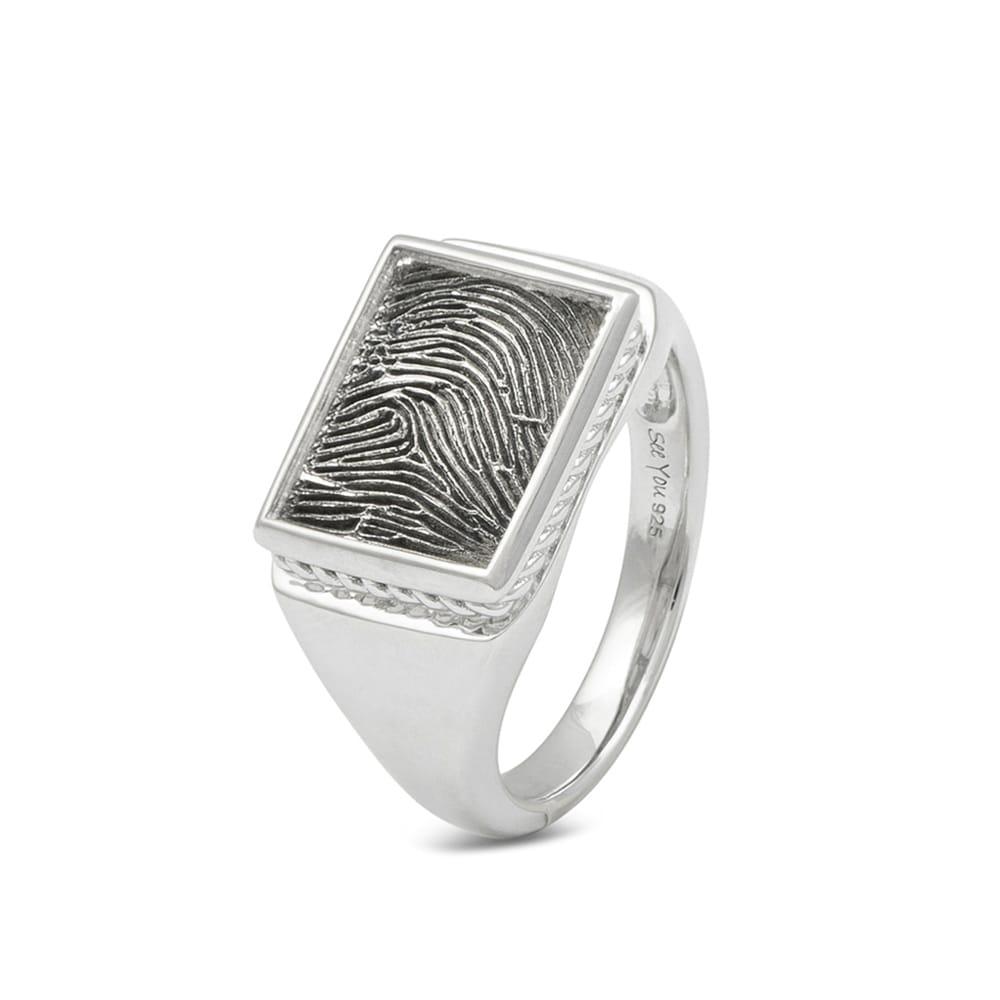 zilveren-ring-zegel-rechthoek-sierrandje-vingerafdruk_sy-rg-051-fp-451-s_seeyou-memorial-jewelry_6010