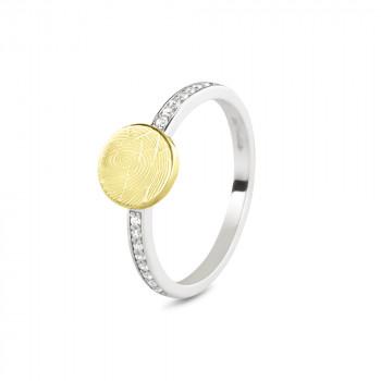 zilveren-ring-modern-smal-geelgouden-ronde-kop-vingerafdruk-zirkonia_sy-457-sy_seeyou-memorial-jewelry_memento-aan-jou