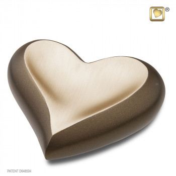 kastanjebruine-mini-hart-mat-goudkleurig-geborsteld-effect-heart-auburn-gold_lu-k-613