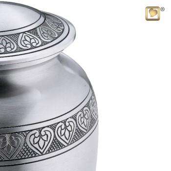 klassieke-urn-zilver-tin-kleurig-geborsteld-zoom-gravering-classic-pewter_lu-a-210-min