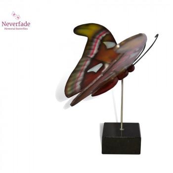 vlinder-mini-urn-atlas-bruin-geel-rood-wit-zijkant-met-blokje_nf-4066_memento-aan-jou