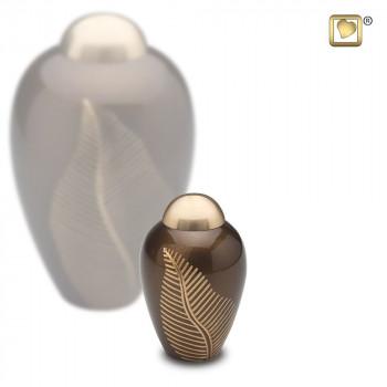 warm-bruin-bronskleurige-mini-urn-goudkleurige-gravering-bronze-leaf_lu-k-541