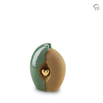 keramische-urn-klein-oker-groen-ruw-glad-goudkleurig-hart-mastaba_ku-003-s_fp-funeral-products_memento-aan-jou