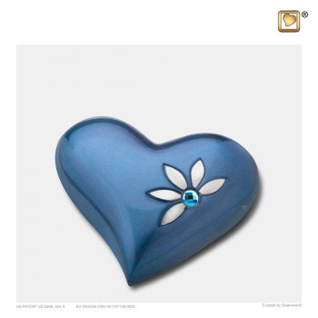 azuur-blauw-kleurige-mini-hart-urn-zilverkleurig-accent-swarovski-kristel-nirvana-azure_lu-h-271