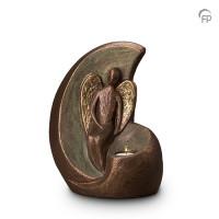 """Keramische urn """"Geborgen engel"""" Geert Kunen"""