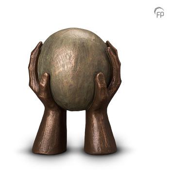 urn-gedragen-geert-kunen_fp-ugk-008-b_funeral-products_305_memento-aan-jou