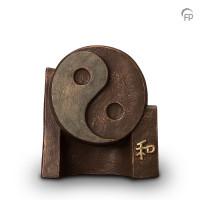 """Keramische urn """"Yin-Yang"""" Geert Kunen"""