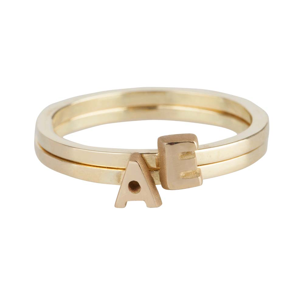 gouden-letter-capital-ring-double_jf-capital-letter-ring-double_justfranky-631a-z_memento-aan-jou